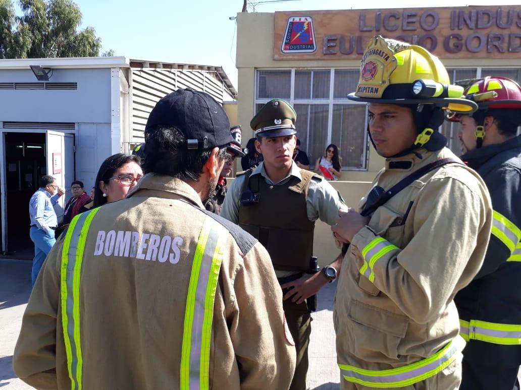 BOMBEROS ANTOFAGASTA ATENDIÓ CINCO EMERGENCIAS POR OLORES DESCONOCIDOS EN EL AMBIENTE
